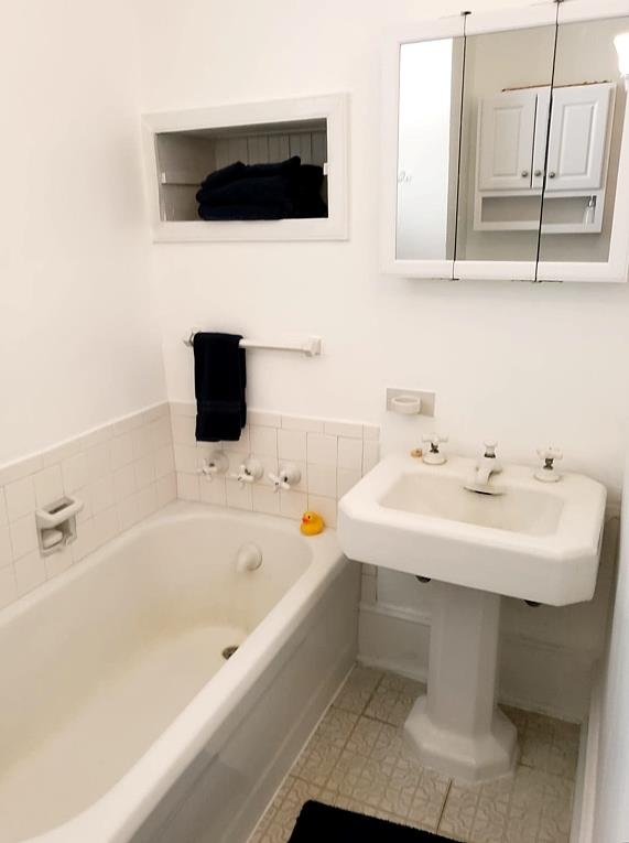 UPSTAIRS REMODELED FULL BATH