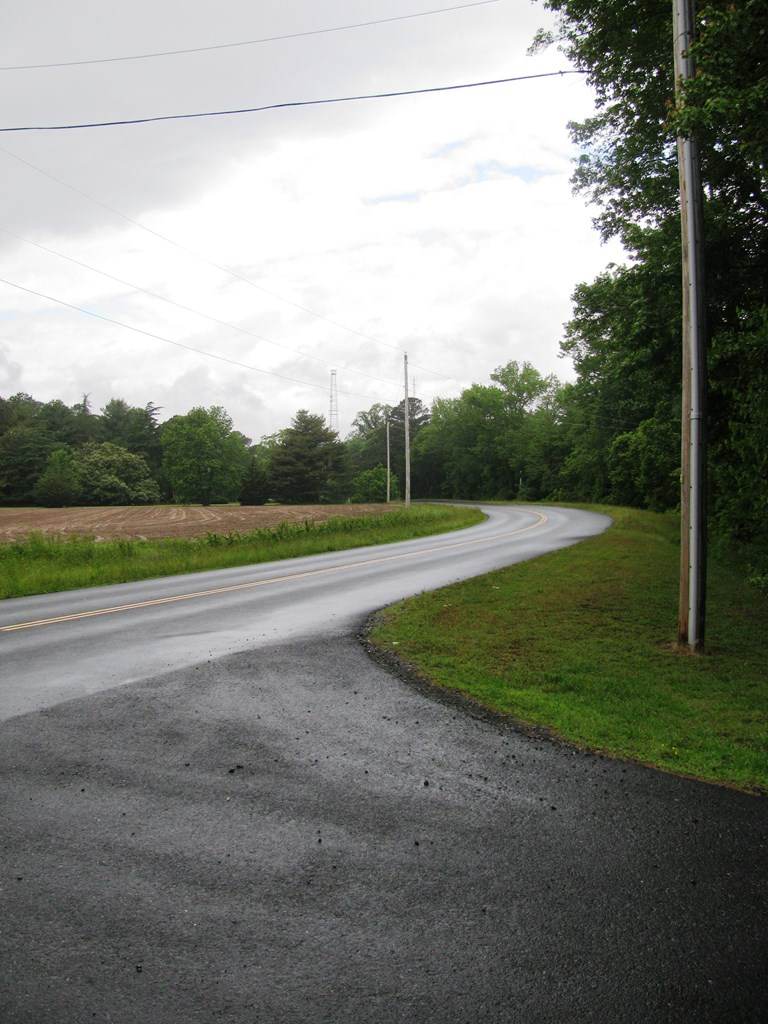 Road scene looking North