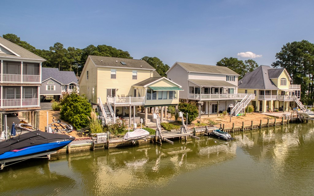 Waterfront Dream Home in Captain's Cove